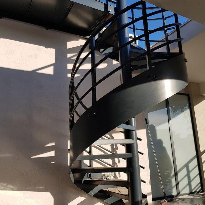 escalier-colimasson-noir-garde-corps-giraudo-ferronnerie-3