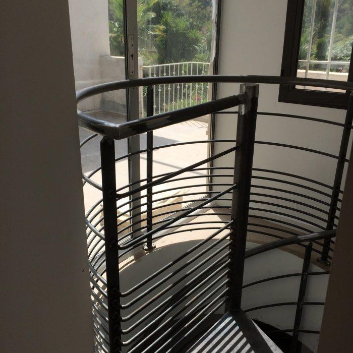 escalier-colimasson-noir-garde-corps-giraudo-ferronnerie