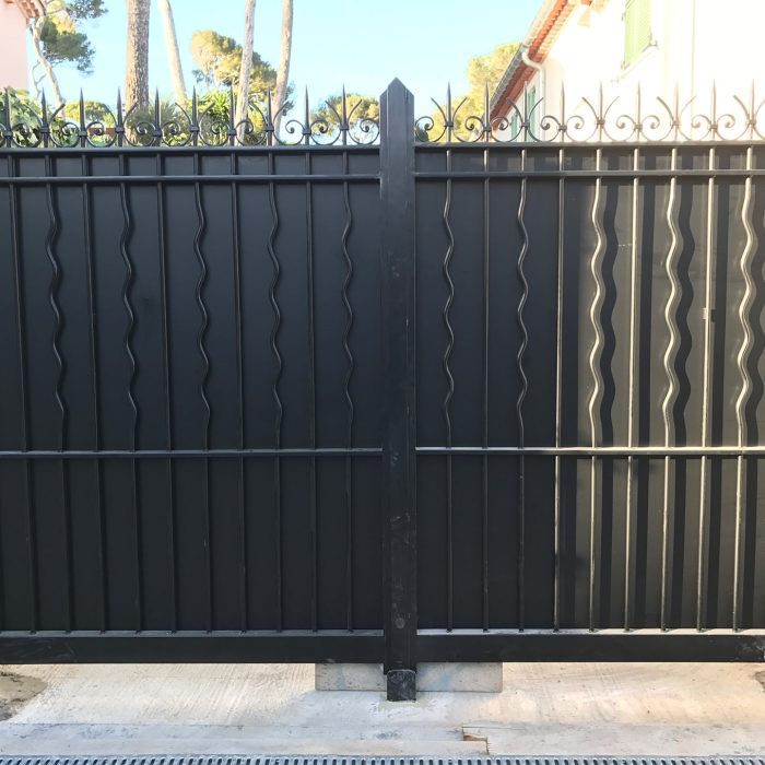 portail-doubles-ventaux-giraudo-ferronnerie